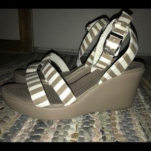 Last call Crocs Women's Leigh sandle wedge  size 9